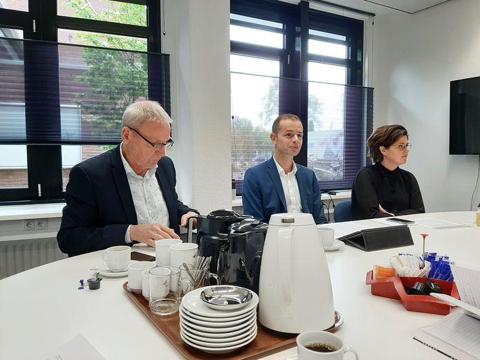De wethouders Jos Hoenderboom (links) en Jorik Huizinga: Geen bankzitters meer.