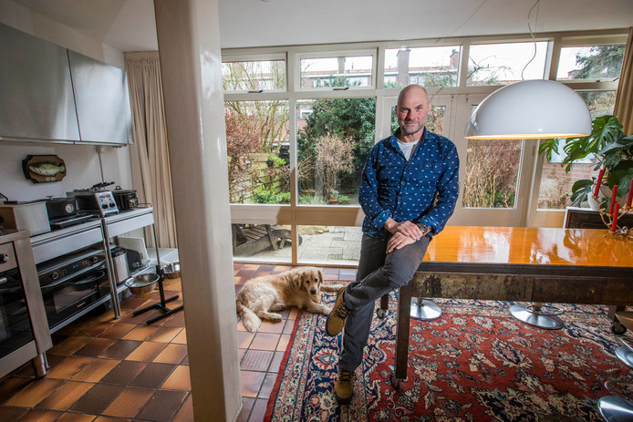Fred van Ham laat het huis met weemoed achter zich.