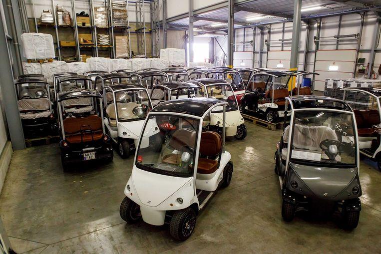 De Garia-golfkarretjes staan klaar om als shuttle gebruikt te worden tijdens Knokke Hippique.