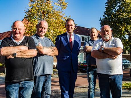 De Deventer Overlevers staken hun strijd