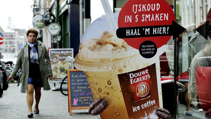 Een winkel van Douwe Egberts in Den Haag.