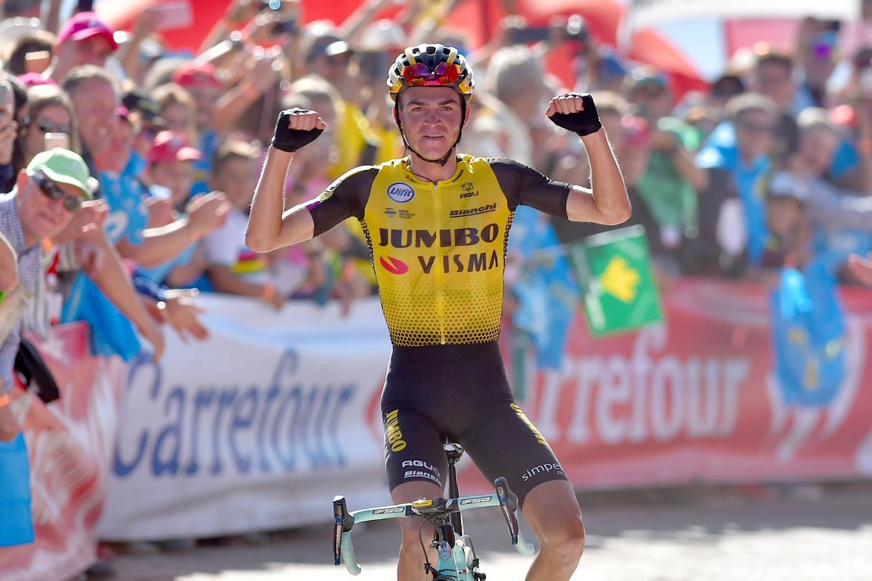 Kuss wint de vijftiende etappe.
