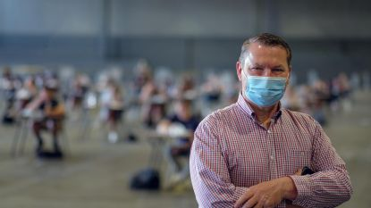 """Studenten leggen 12.000 examens in beurshallen van Xpo af: """"Helft heeft het psychisch moeilijk"""""""