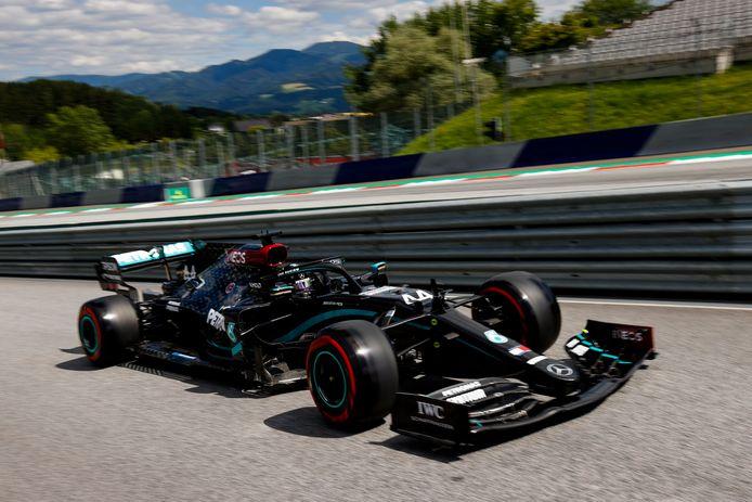 Lewis Hamilton en action lors des qualifications du GP d'Autriche.
