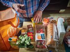 Voedselbank doet oproep: 'Blijf pakketten ophalen, we hebben meer dan genoeg'