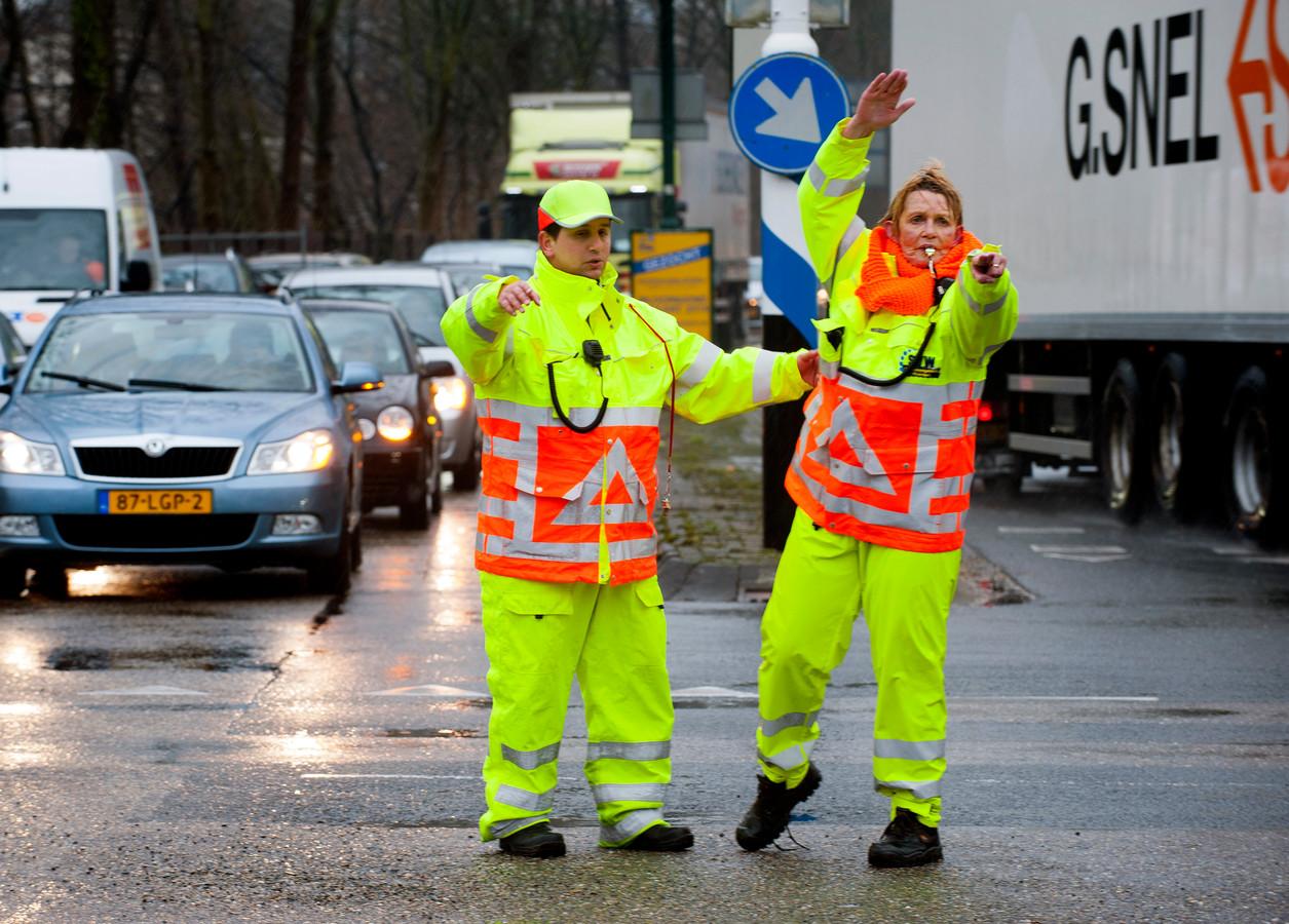 Verkeerssituaties op diverse plekken in Woerden worden veiliger gemaakt.