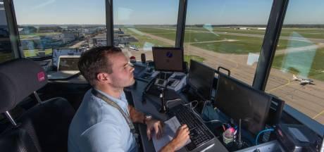 Luchtverkeersleiders starten op Lelystad Airport, maar vakantievluchten ontbreken: 'Ik ben hier niet blij mee'