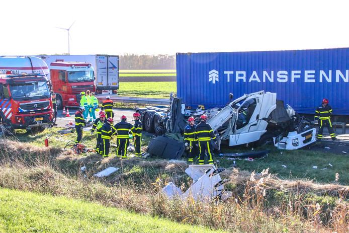 Ernstig ongeluk op de A4 tussen twee vrachtwagens.