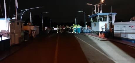 Betrapte inbreker springt in Rijn, maar wordt aan overkant gepakt