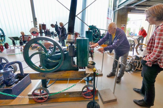 De stationaire motoren oogstten veel belangstelling. Foto: Flip Franssen