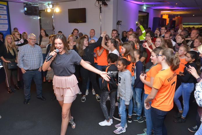 Maan trad vorig jaar op tijdens Waalwijk Ontmoet.