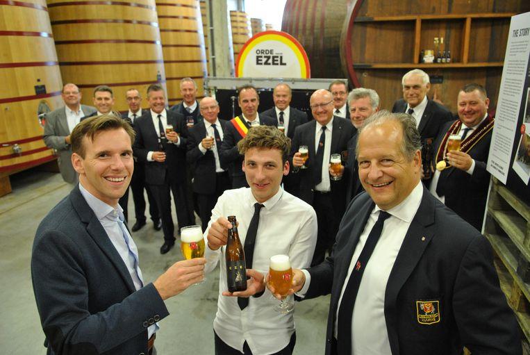 Zien hoe de Ezel wordt gebrouwen die de Orde van de Ezel laat brouwen bij Brouwerij De Brabandere? Dat kan vanaf nu voor 5 euro dankzij een samenwerking tussen de brouwerij en de gemeente.