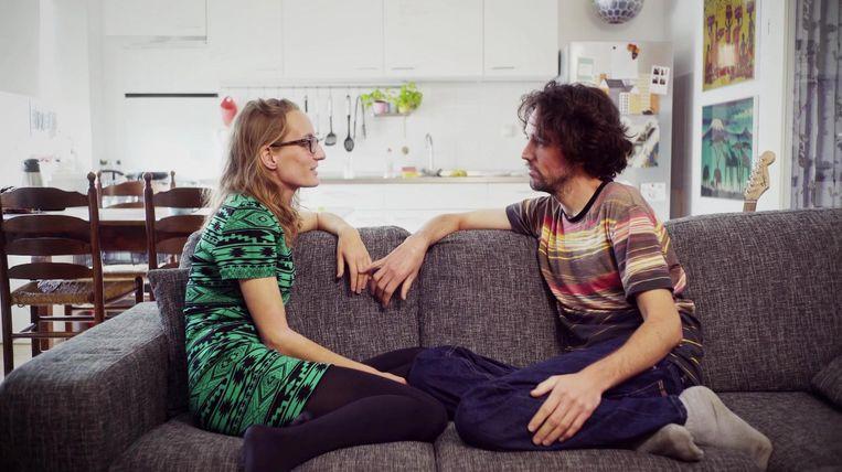 De documentaire-maakster en haar vriend Robin, met wie ze zes jaar samen is Beeld Stills BNN / VARA