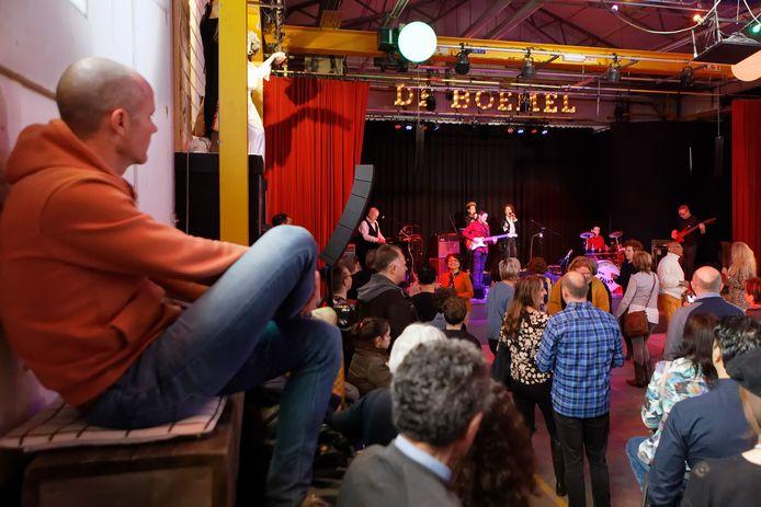 Een optreden in Stadstheater De Boemel in de Spoorzone.