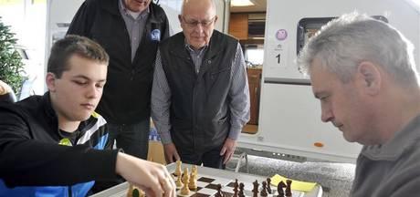 Stichting schaakpromotie Hengelo vergrijst en stopt