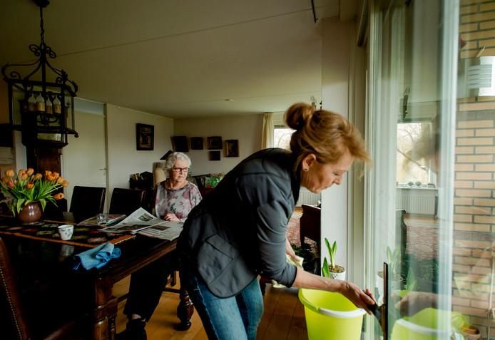 Bezwarencommissie heeft flinke kritiek op huishoudelijke hulp in Roosendaal.