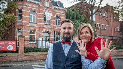 Van overnachten bij Boury over ontbijten met de burgemeester tot werken met een tientonner: Jarig schoonheids- en kapsalon Chic veilt unieke ervaringen voor Kloen