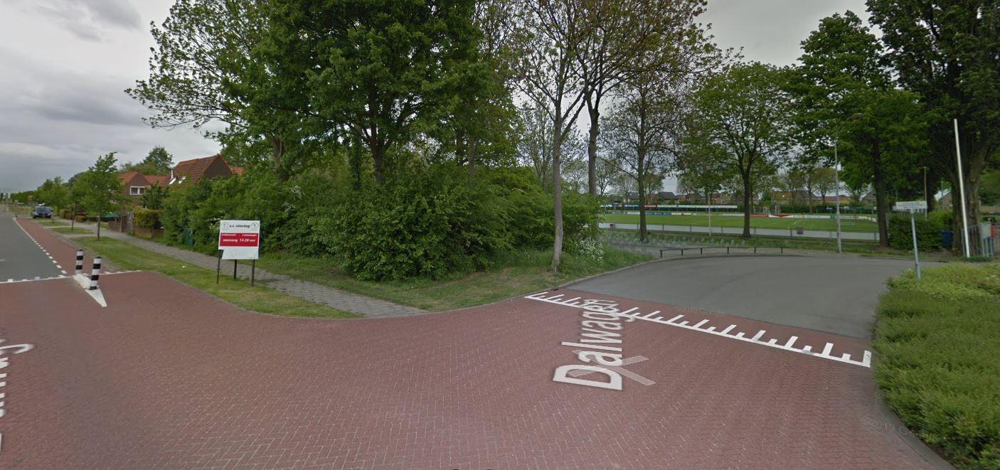 De beoogde plek van de nieuwe brandweerkazerne aan de Dalwagen in Dodewaard.