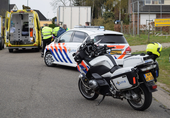 De ambulance en politie ter plaatse