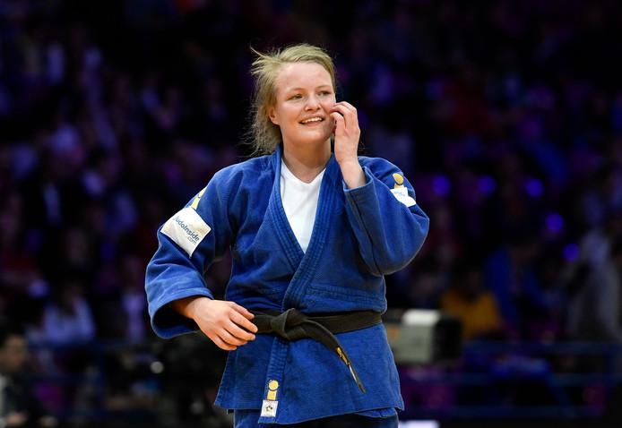 Sanne van Dijke in de halve finale van de EK judo