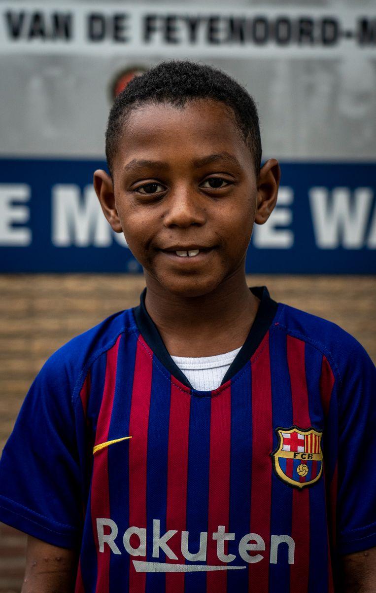 Chervano, voetballer bij LMO in het eerste elftal van jeugd onder 8 jaar. Beeld Jerry Lampen