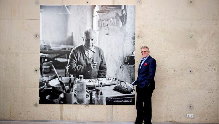 Jeroen Krabbé met op de achtergrond Picasso. Beeld anp