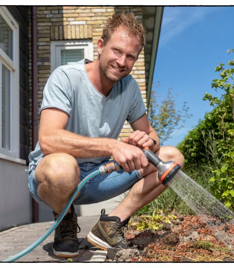 Boer Tom geeft tips: zo voorkom je dat je grasveld en je planten verdorren
