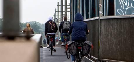 Fietsers kunnen fluiten naar fietspad langs A1: 'Gemiste kans'