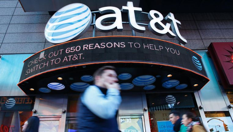 AT&T kondigde aan in een megadeal van 108,7 biljoen dollar Time Warner te willen overnemen. Beeld anp