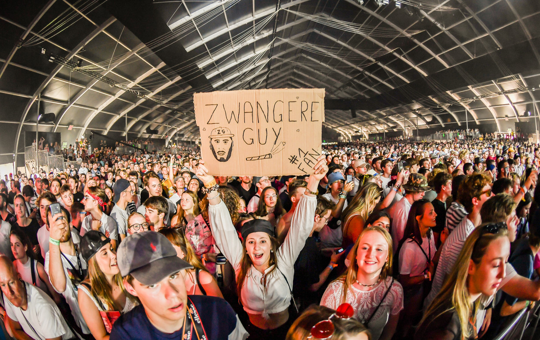 WERCHTER, BELGIUM - JUNE 27 : Zwangere Guy  pictured at Rock Werchter 2019 in The Barn on June 27, 2019 in Werchter, Belgium, 27/06/2019 ( Photo by Joel Hoylaerts / Photonews ) Beeld Joel Hoylaerts / Photonews