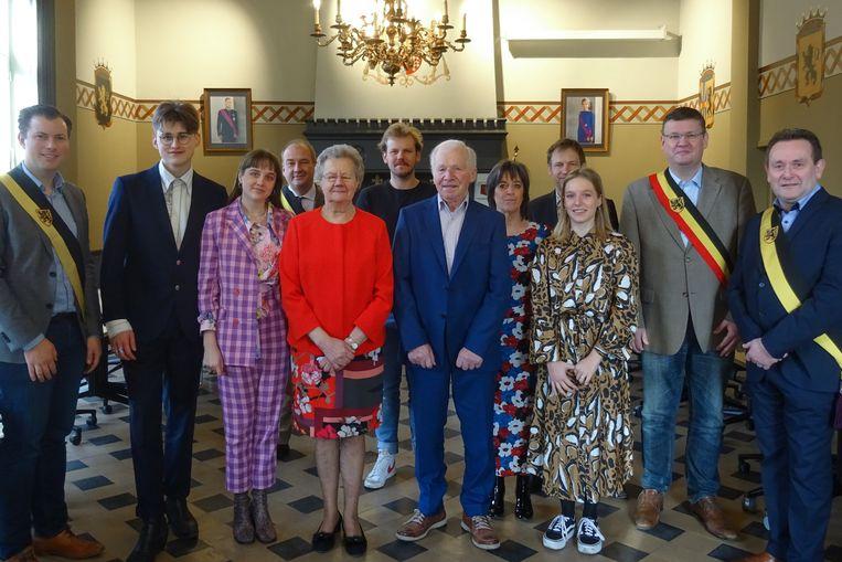 Het diamanten paar werd samen met de familie in het gemeentehuis van Kruishoutem ontvangen.