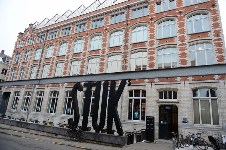 Kunstencentrum STUK in Leuven begint aan een nieuw boeiend cultuurseizoen.