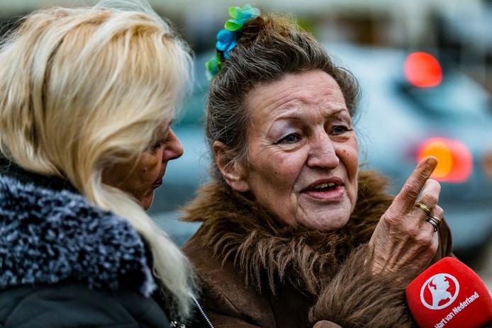 Bewoners Monique Damen en Sonja Dijker vertellen hun verhaal aan Hart van Nederland