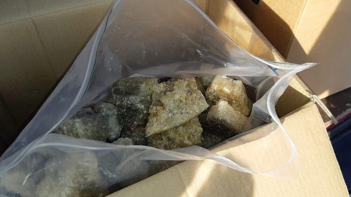 Het witte busje dat dinsdag op de A2 bij Liempde werd gecontroleerd door de politie, lag vol met 400 kilo MDMA-kristallen.