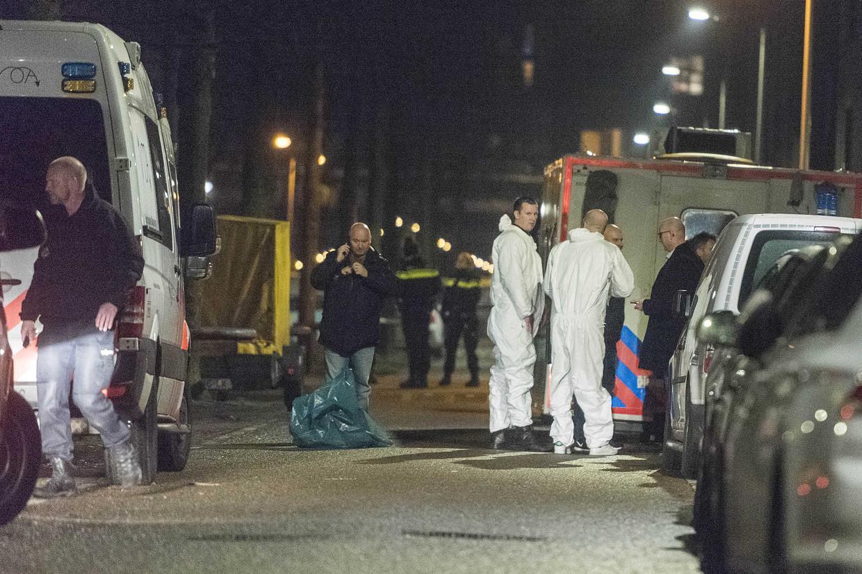 De 17-jarige Mohammed Bouchikhi werd door twee gemaskerde mannen doodgeschoten in een buurtcentrum in de wijk Wittenburg.