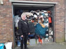 Michiel (65) woont al jaren in een propvolle garagebox in Asten