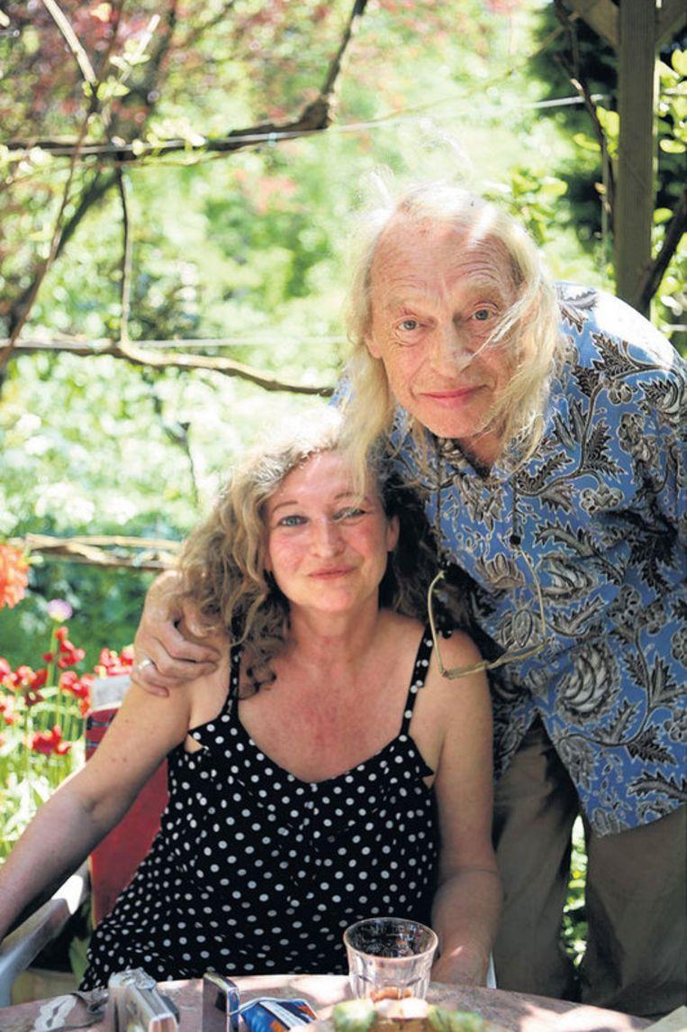 9 mei 2008. Simon Vinkenoog en zijn vrouw Edith Ringnalda in hun volkstuin op Buitenzorg in Amsterdam-Noord. Foto Liesbeth Dingemans Beeld
