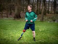 Scheidsrechter Jan: Geamputeerd been, so what? Ik wil gewoon weer fluiten