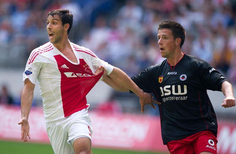 Mounir El Hamdaoui in 2011, in het shirt van Ajax. Beeld anp