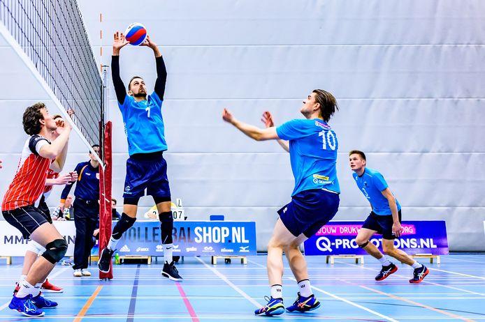 Heren 1 van Volley Tilburg in actie.