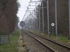 Van weggewaaide daken tot kitesurfen op de IJssel: in het spoor van storm Ciara