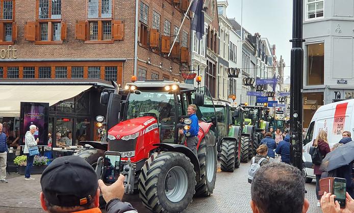 De tractoren reden vorige week tot in het centrum van Den Haag.