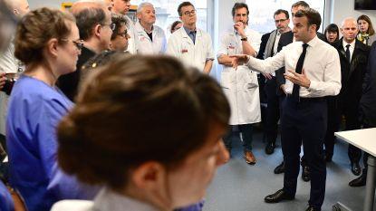 """Frankrijk onder hoogspanning om 'patiënt nul' te vinden. Macron: """"We staan aan begin van epidemie"""""""