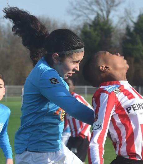 Abali neemt de 14-0 voor haar rekening in interland tegen Georgië