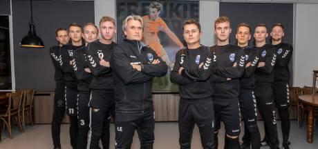 Elftal voormalig GJS-spelers botst met Arkel op oude club: 'Iedereen wil deze wedstrijd winnen'