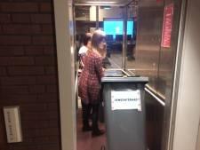 Uden stemt voor 'sleepwet', ook hier veel blanco stembiljetten