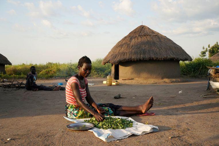 Eenvijfde van de opbrengsten uit de kaartverkoop in Murchison Falls wordt gebruikt om de omwonenden verder te doordringen van het belang van natuurbehoud.  Beeld Michele Sibiloni