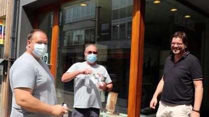 Herentalse handelaars nemen eerste bestellingen van vloerstickers, handgels en mondmaskers in ontvangst