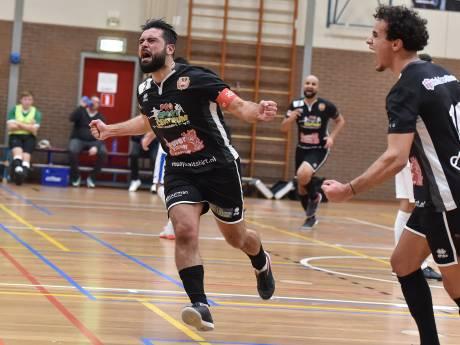 Futsaller Yasin Erdal brengt Mheenhal in extase