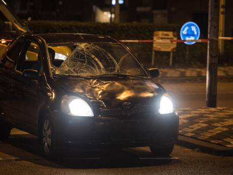 Ernstige aanrijding in Tilburg: vrouw met rollator zwaargewond achtergelaten, auto gevonden